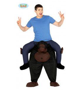 Op De Brede Schouders Van Een Oersterke Gorilla Man Kostuum