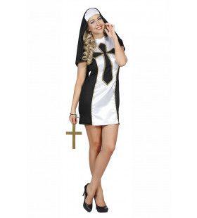 Non Van Het Grote Kruis Klooster Vrouw Kostuum